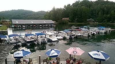 boats docked at LaPrade's Marina on Lake Burton