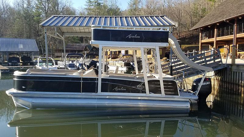 LaPardes Funship for rent on lake burton
